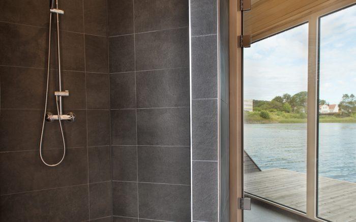 Bilde av dusj i badstue